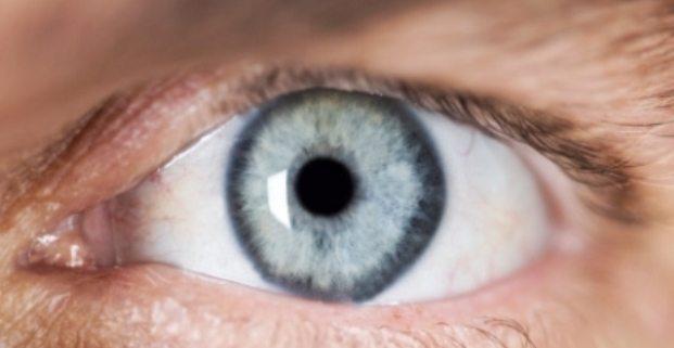 sakit mata merah